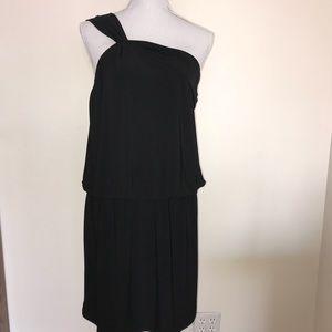 💟WHBM Blk one shoulder dress.Elastic waist M